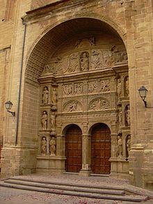 Haro - Portada plateresca de la Iglesia de Santo Tomás