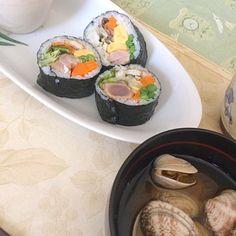 マグロの安売りだったので、 一番味付けして、ダイナミックに野菜を混ぜて巻いてみました。 絶妙!! - 14件のもぐもぐ - 朝ごはん! by yumenimishi101