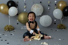 Cake Smash Photography - gold white black | CT Family Photography,CT Newborn Photography,Connecticut Newborn Photography,