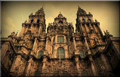 Cathedral of Santiago de Compostela.  Mike's 28th GG is buried here - Guillaume X of Aquitaine (1099 - 1137).  Also the burial place of Berengaria of León (1204 - 1237), Mike's 23rd great grandmother. Burial place of Alfonso IX of León (1171 - 1230), Mike's 24th great-grandfather.  Burial place of Ferdinand II of León (d. 1188), Mike's 25th great-grandfather. Alfonso Raimúndez AKA Alfonso VII, coronation as King of Galicia, here in 1111; Alfonso is Mike's 26th great-grandfather.