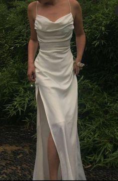 Split Prom Dresses, Pretty Prom Dresses, Grad Dresses, Satin Dresses, Elegant Dresses, Beautiful Dresses, Formal Dresses, Long Satin Dress, Mermaid Style Prom Dresses
