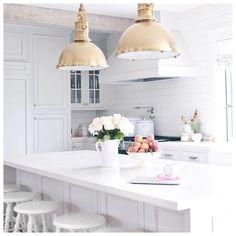Jillian Harris white and grey kitchen Studio Kitchen, Home Decor Kitchen, Kitchen Living, Home Kitchens, New Kitchen, Kitchen White, Kitchen Tools, Dream Kitchens, Kitchen Island
