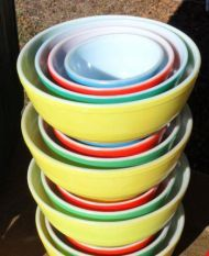 Vintage Pyrex  ((THAT'S JUST GREEDY!!! -- but I wish they were all mine))