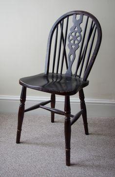 Before photo of the wheel back oak chair