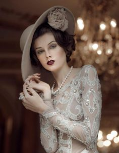 so beautiful and vintage-glam