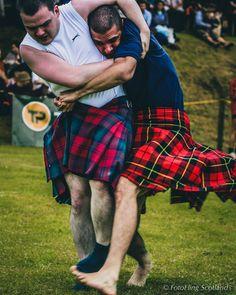 https://flic.kr/p/tZAJpY | Scottish Backhold Wrestling | Ceres Highland Games 2013