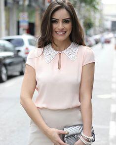 {Summer17} Look super delicado da @camybaganha com blusa em crepe com gola em renda guipire!