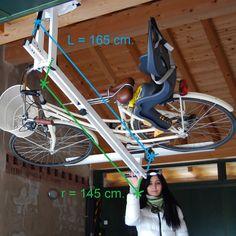 The hydro-pneumatic ceiling bike rack to park your bike flat to the garage ceiling. raggio bici garage. / Потолочный гидропневматический кронштейн для хранения велосипеда. Радиус рабочего хода велокронштейна.