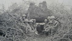 A machine gun section of the Battalion Loyal North Lancs in German East Africa 1916 Ww1 Soldiers, Wwi, German East Africa, The Loyal, World War, Army, Painting, Victorian, Photos