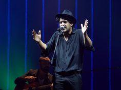 Mannarino singing