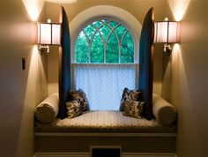 Pretty window seat at Cameron Park Inn bed and breakfast in Raleigh, NC