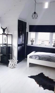 Black and white room child: brothers with cool black and white rooms BOYSLABEL - black and white room child, cool boy room, animal duvet cover, black wall room, nursery black - Black White Bedrooms, Bedroom Black, White Rooms, Black Rooms, Cool Boys Room, Cool Rooms, Room Ideas Bedroom, Bedroom Wall, Teenage Girl Bedrooms
