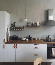 ikea hack / our berlin minimal white kitchen