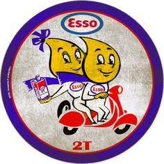 Placa Vintage Esso Óleo 2 Tempos Vintage Garage Vintage Gas Pumps, Old Gas Stations, Man Cave Signs, Car Logos, Decorative Signs, Vintage Signs, Garage, Advertising, Oil