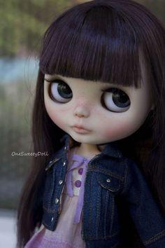 Lady Camellia Poupée Blythe personnalisé OOAK par OneSweetyDoll