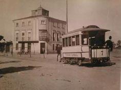 El conocido como hotel del negro en los años 40. Hoy en este lugar se encuentra la Plaza de Castilla. Hasta 1948 Chamartín de la Rosa era un pueblo, cuando se convirtió en distrito se quedó en Chamartín.