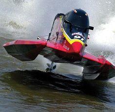 Mercury Racing www.DirkseWatersport.nl Mercury Dealer