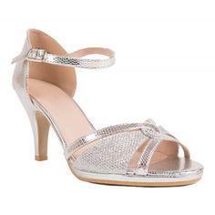 Chaussures de mariage argentées pour la mariée type escarpins sandales ! So  Glamour et confort avec 8eaa0e91b0a7