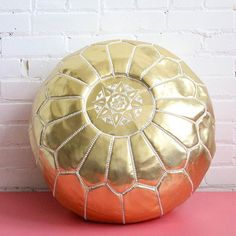 This Vegan Leather Metallic Gold Pouf is our go-to option when you want to add a little magic to a decor. Its beautiful gold finish reflects the light and is a stunning element in any decor Leather Footstool, Ottoman Footstool, Leather Pouf, Gold Leather, Vegan Leather, Morrocan Decor, Moroccan Pouf, Living Room Pouf, Morocco