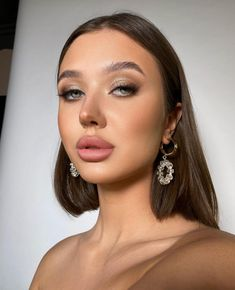 Makeup Goals, Makeup Inspo, Beauty Makeup, Eye Makeup, Hair Makeup, Vegas Makeup, Creative Makeup Looks, Portrait Poses, Brunette Girl