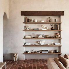 Wabi Sabi, Casa Wabi, Shelf Inspiration, Interior Inspiration, Casa Cook, Beton Design, Built In Furniture, Furniture Design, Minimal Home