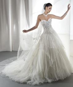2016 Young Brides Wedding Dresses Demetrios Sweetheart Neckline Beaded Tiered Tulle Ball Gown Bridal Gowns with Lace Up Back from Nicedressonline,$228.75 | DHgate.com