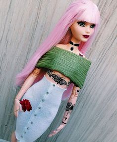 🌹🌈I am a daydreamer and a night thinker🌈 🌹 Barbie Clothes Patterns, Doll Clothes Barbie, Barbie Dress, Clothing Patterns, Barbies Dolls, Hello Barbie, Barbie Miniatures, Barbie Model, Dress Cake