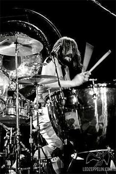 "John ""Bonzo"" Bonham May 1948 – 25 September was an English drummer, musician and songwriter, best known as the drummer for the British rock band Led Zeppelin. Lady Antebellum, Jimmy Page, Great Bands, Cool Bands, Playlists, Country Bands, Country Music, Robert Plant Led Zeppelin, John Bonham"