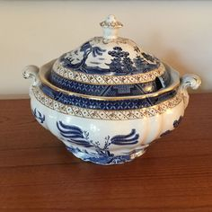 "Booths ""Real Old Willow"" Soup Tureen made in England A8025 #Booths"