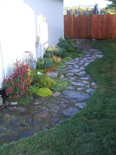 43 Awesome Garden Stone Paths | DigsDigs
