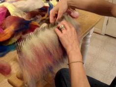 Blending Hackle #1 How To Make Smooth Roving & Diz  It Off