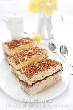 Coconut chocolate and vanilla cream cake (in Romanian) Romanian Desserts, Romanian Food, Romanian Recipes, Gordon Ramsey, Dessert Bread, Breakfast Dessert, Jamie Oliver, Cake Recipes, Dessert Recipes