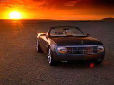 2004 Lincoln Mark X Concept (inspirado en el Lincoln Continental de 1961)