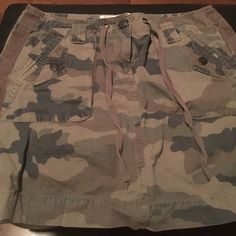 "Cute camo cargo chino mini skirt Brown camo print chino skirt - like new! 100% cotton. 12"" J. Crew Skirts Mini"