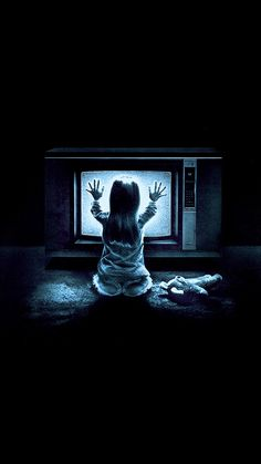 10 Lesser Known Found Footage Horror Movies You Can Stream Right Now — Strange Harbors Scary Wallpaper, Halloween Wallpaper Iphone, Movie Wallpapers, Animes Wallpapers, Phone Wallpapers, Horror Photos, Horror Themes, Horror Artwork, Horror Movie Characters