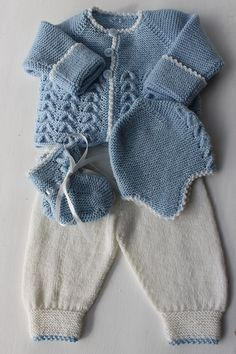 Ravelry: 29303 pattern by Sanne Fjalland