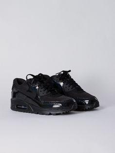 separation shoes 27e44 6da3e Nike Air Force 1 Hi Suede Black   APLACE Fashion Store   Magazine
