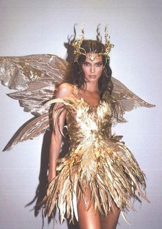 Kendall Jenner - Forest Fairy Costume for Halloween. Latest Kendall Jenner photo news and gossip. Celebrity photo news and gossip on celebxx. Kendall Jenner Halloween, Kendall Jenner Modeling, Kendall Jenner Icons, Forest Fairy Costume, Fairy Halloween Costumes, Halloween 2019, Photo Halloween, Halloween Costumes Brunette, Costume Ideas