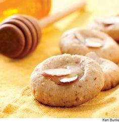 Almond & Honey Butter Cookies #holidaycookies #healthycookies
