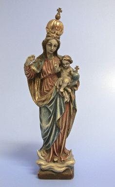 Holzfigur Madonna mit Kind schön ausgearbeitete Skulptur aus Holz, farblich gefasst mit vergoldung, Vorbild vermutlich Madonna aus Schloß Banz Wohl Oberammergau Handarbeit Zepter fehlt Höhe 28 cm