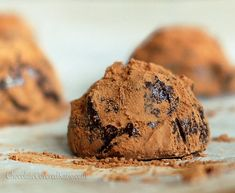 Microwave chocolate truffles with just 3 ingredients and no heavy cream... it's like Godiva, only better!