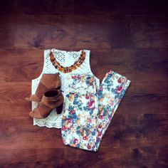 Flawlessly floral! #shopimpressions #impressionsonlineboutique #impressions @Impressions Online Boutique @Impressions Online Boutique