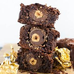 New Easy Cake : Rocher brownies (or simply, the best brownies you& ever eat), Blondies Cookies, Blondie Brownies, Brownie Cake, Cake Cookies, Dessert Cake Recipes, Sweets Cake, Brownie Recipes, Beste Brownies, Best Bakery