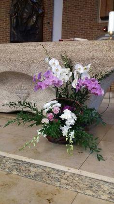 Flower Arrangements, Candles, Flowers, Plants, Design, Floral Arrangements, Orchids, Candy