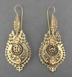 Portuguese gold filigree earrings
