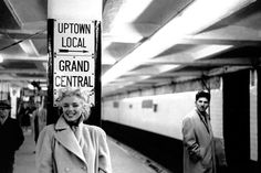 Ed FEINGERSH :: Marilyn Monroe at Grand Central Station, NYC, March 1955