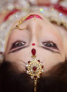 Indian wedding maang tikka for bride Lehenga Wedding, Lehenga Saree, Mehendi, Real Weddings, Wedding Photography, Indian, Drop Earrings, Bride, Wedding Dresses