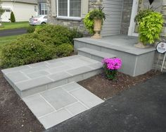 How To Transform Your Cracked Concrete Steps Into A Warm Welcoming Entryway - updating front entrance with flagstone, concrete masonry, curb appeal, landscape, stairs Concrete Patios, Concrete Front Steps, Front Porch Steps, Concrete Porch, Front Walkway, Flagstone Patio, Front Yard Landscaping, Landscaping Ideas, Front Stairs