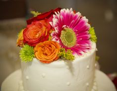 Wedding Cake Flowers by Amanda X, via Flickr