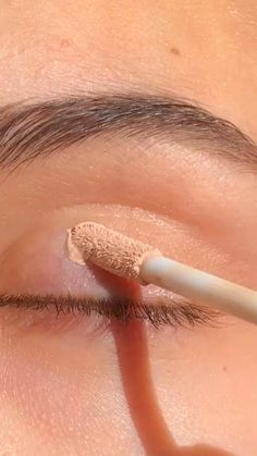 Makeup Eye Looks, Eye Makeup Steps, Beautiful Eye Makeup, Eyeshadow Looks, Skin Makeup, Eyeshadow Makeup, Glossy Makeup, Romantic Eye Makeup, Green Eyeshadow